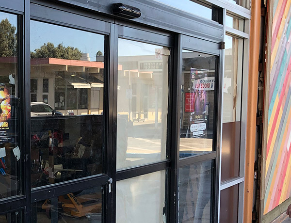 our team is specialized in automatic doors